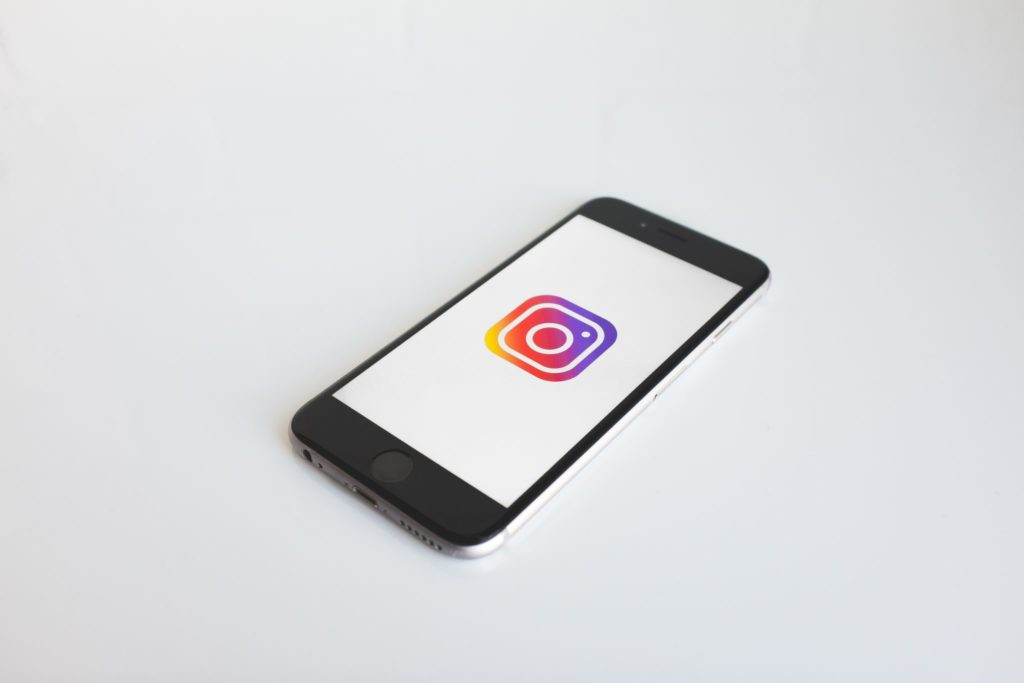 phone-with-instagram-icon