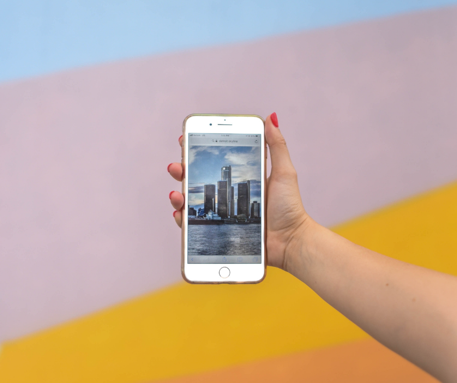 Visual Content Guide: 15 Smartphone Photography Tips for Capturing Professional-Looking Content